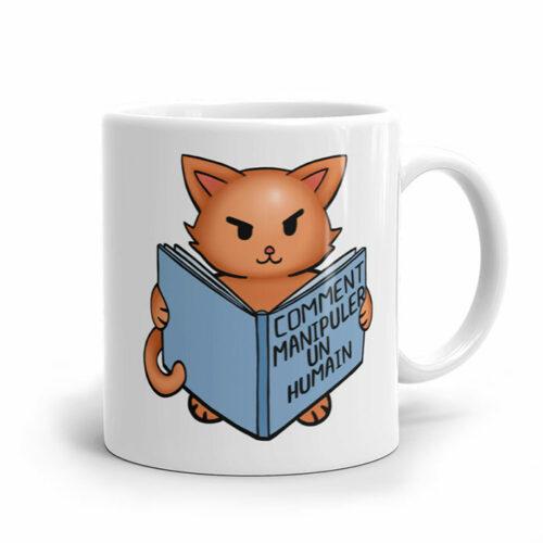 Un cadeau original de mug avec un dessin de chat