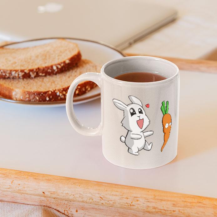 Le lapin court après une carotte